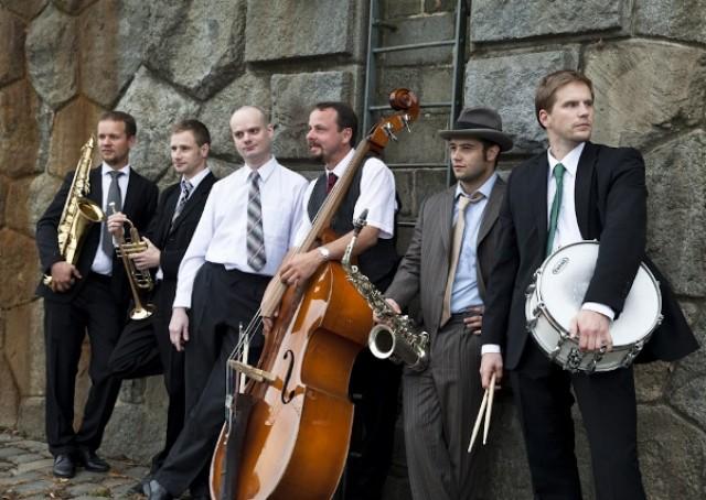 http://www.jazzvolunteers.cz/wp-content/uploads/2014/12/MG_4613-640x4271.jpg